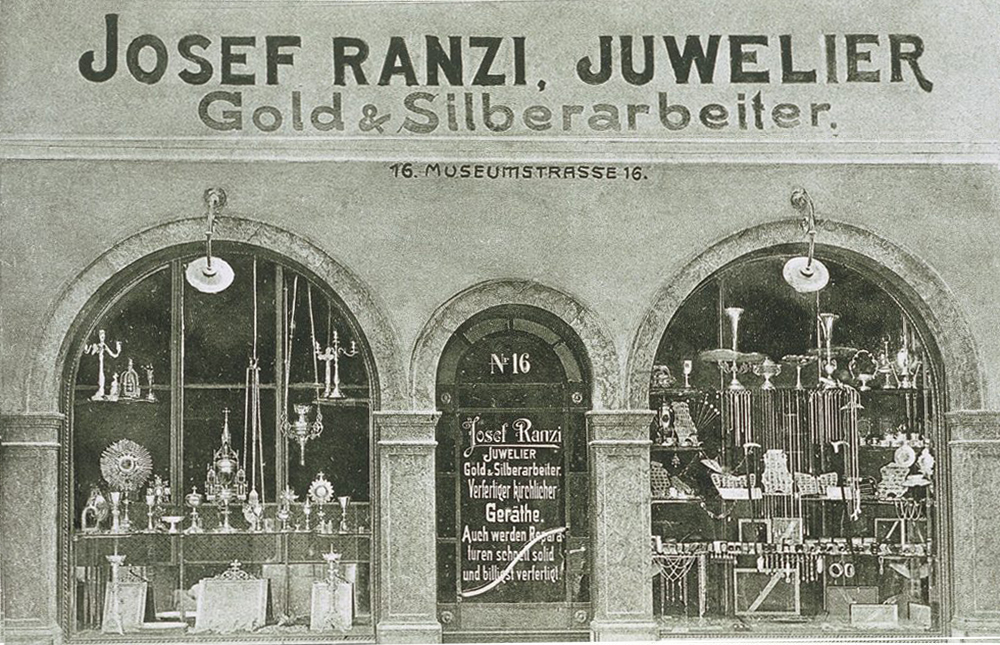 Jewelry Ranzi at Bozano / Center